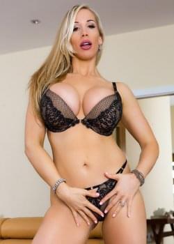 Porno rebecca Rebecca Volpetti